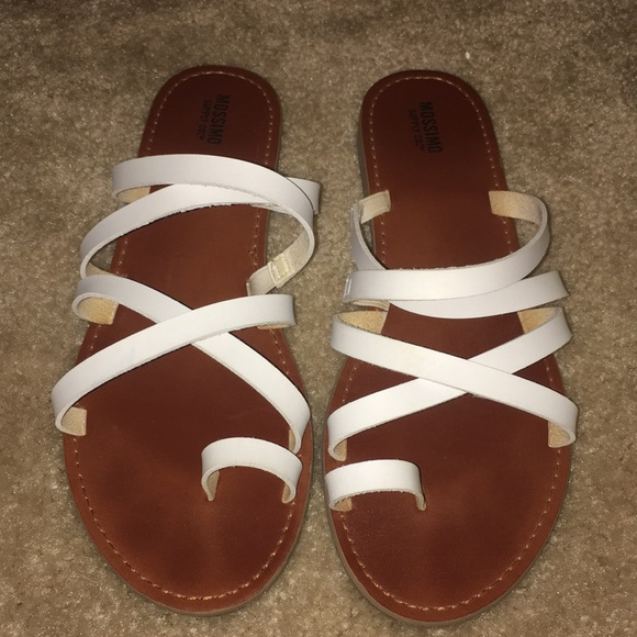 a815ef18dcd1 Mossimo Lina Slide Sandals White Size 8.5. M 5ab7a67b31a376dbb9388db0